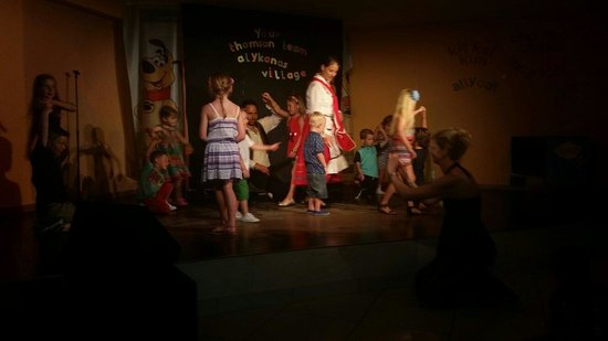 Alykanas Village Hotel: Greek Dancers Night...