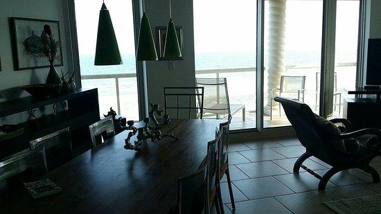 Portofino Island Resort: Beach front