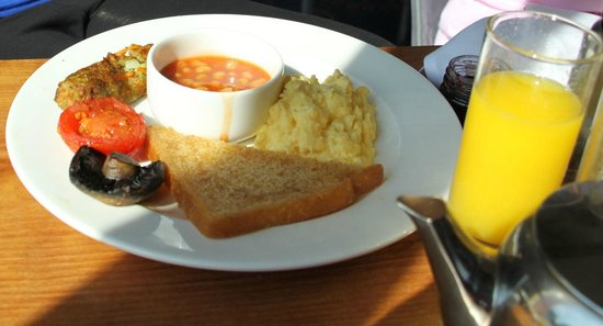 Macdonald Elmers Court Hotel & Resort: Vegetarian breakfast