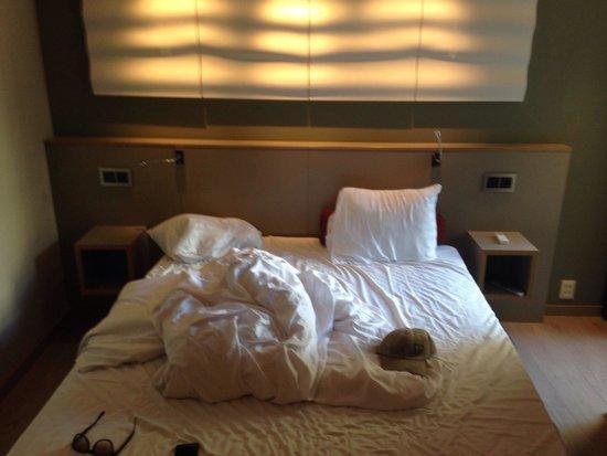 Centro Hotel Turku : Bett (200x160)