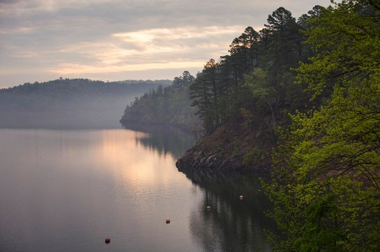 Beavers bend state park picture of mccurtain county for Broken bow lake fishing