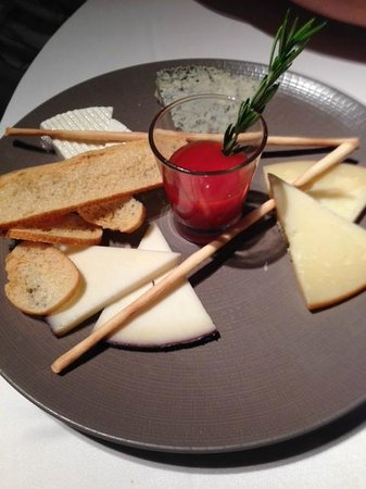 Flamant Restaurant: Cheese for dessert
