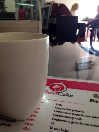 Cafeteria Short Cake