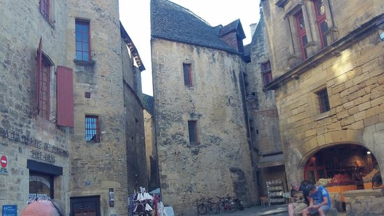 Best Western Le Renoir: Beautiful streets of Sarlat