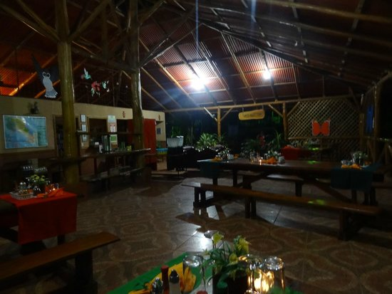 Hotel Samara Pacific Lodge : resto