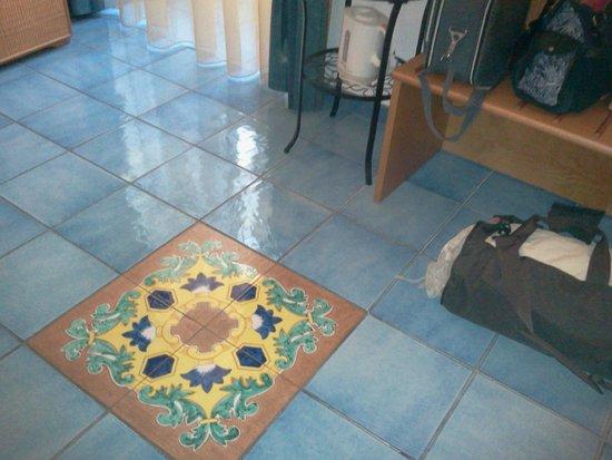 Floridiana Hotel: camera spaziosa e pulita...