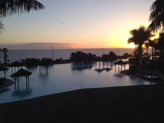 Gran Melia Palacio de Isora Resort & Spa : Sunset view from club ocean