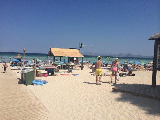 Las Gaviotas Suites Hotel : Playa de Muro