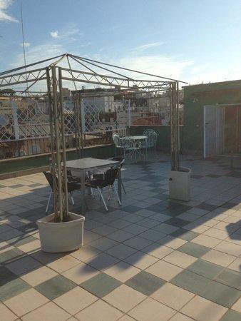 Hotel Fellini : Terrace table