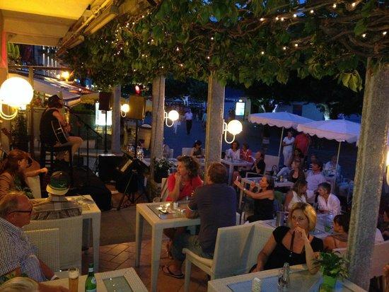 Hotel Schiff-Battello Ascona: Happy people