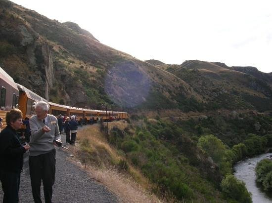 Taieri Gorge Railway: Viewing the Gorge