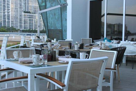 Mandarin Oriental, Miami: terrasse pour petit déjeuner