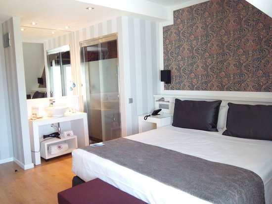 Hotel Catalonia Reina Victoria Wellness & Spa: Chambre standard