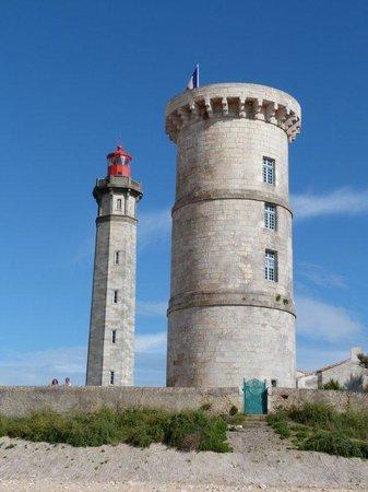 Phare des Baleines : le phare et la tour des baleines