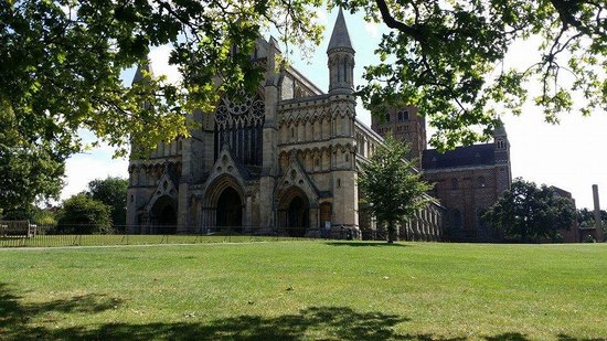 St Albans Cathedral: Taken 28/07/2014