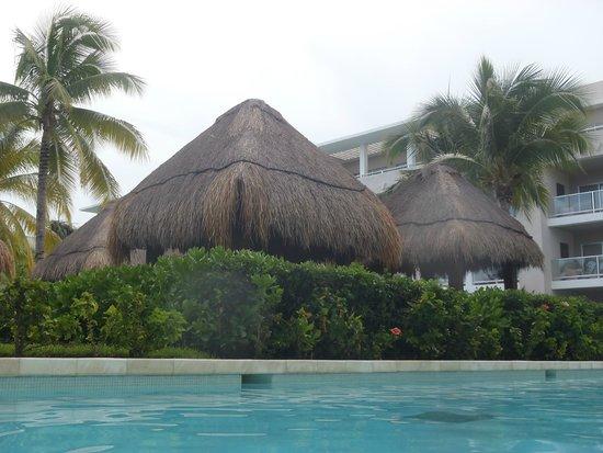 Paradisus Playa del Carmen La Perla: View from swim up