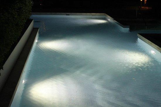 Paradisus Playa del Carmen La Perla: Swim up at night