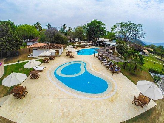 Hotel Las Ardillas: Vista de la piscina