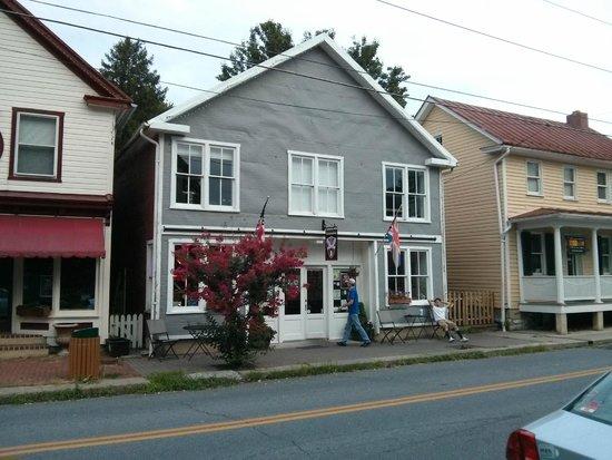 The Devonshire Arms Cafe and Pub: Devonshire Arms Cafe & Pub