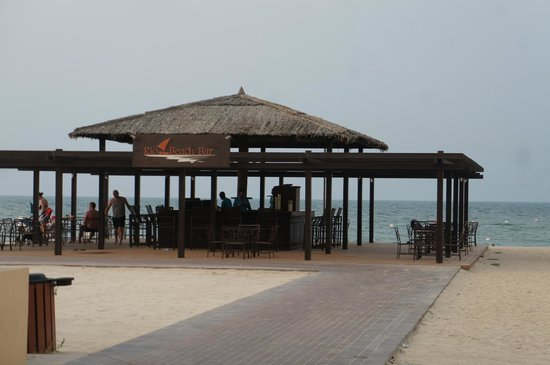 Hilton Ras Al Khaimah Resort & Spa: The Beach Bar