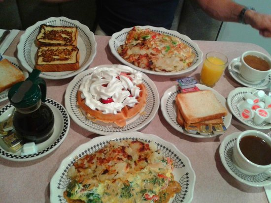 Murray Hill Diner : French Toast. Omlette. Waffles
