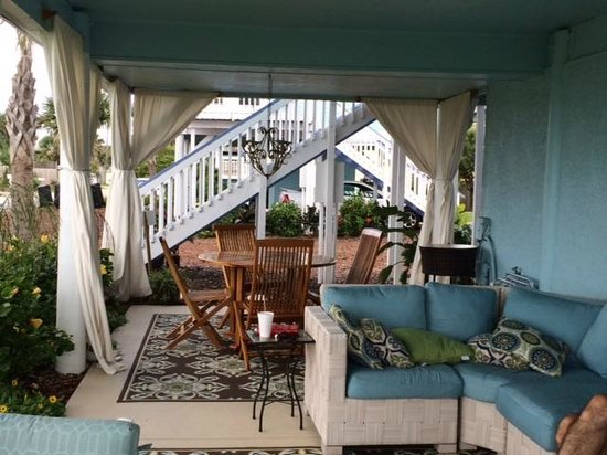 Bayfront Marin House Historic Inn: Private space for Unit #101