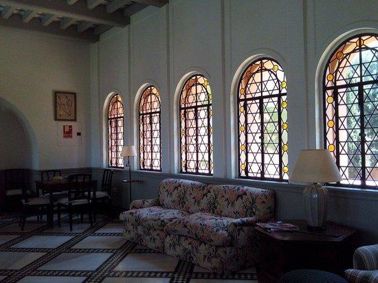 Hotel Castillo de Santa Catalina: Salons