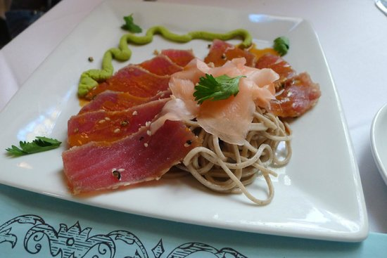 Marsha Brown's : Sashimi appetizer - the only acceptable menu item we tried