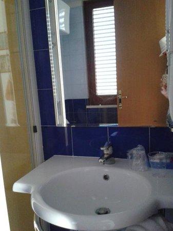 Hotel Leone: Bagno