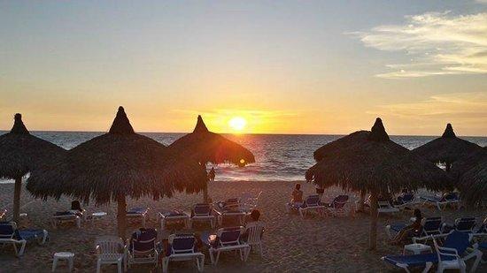 El Cid Marina Beach Hotel : En la playa *-*