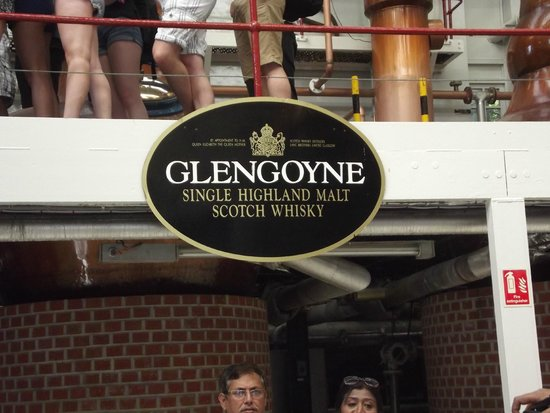 Highland Experience Tours : The distillery tour. Fine stuff.