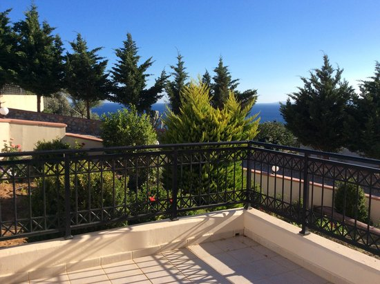 Hotel Ziakis: view from balcony