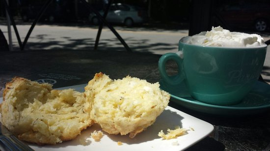 Stir Coffee House: Cheese Scone and Hot Chocolate.