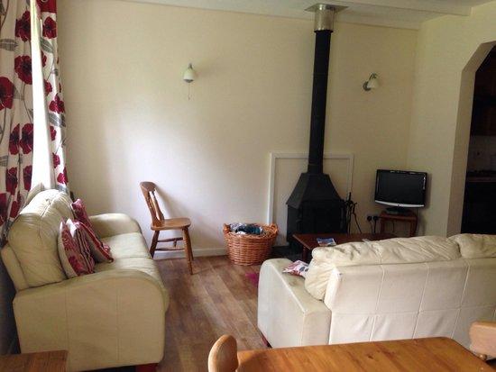 Hengar Manor Country Park: Living room - Roughtor
