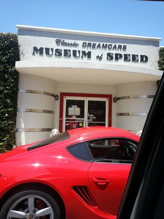 Mount Dora Museum Of Speed: The Entrance to Driving History