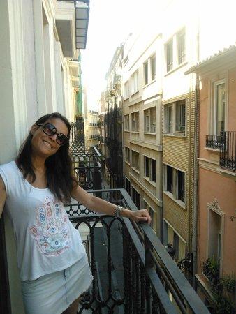 Hulot B&B Valencia: Balcon de la habitacion