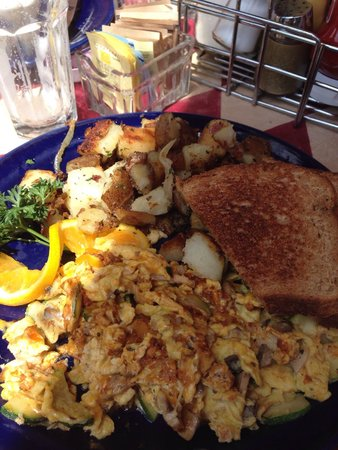 Walnut Avenue Cafe: Scramble special