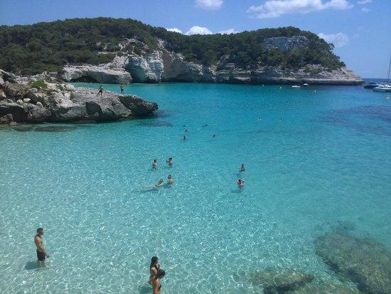 Cala Mitjana: Aute côté de la cala (pas la plage)