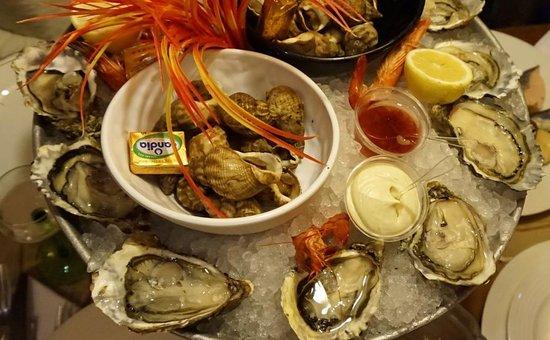 Taverne de Maitre Kanter: устрицы и булло