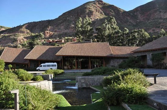 Tambo del Inka, a Luxury Collection Resort & Spa: Front of Hotel
