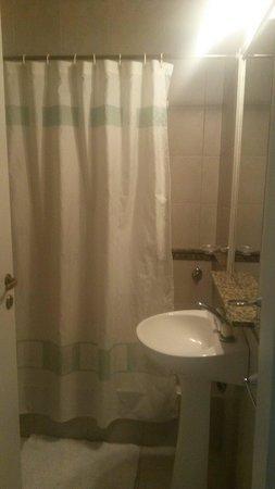 Hotel Sumaj Huasi: El baño de nuestra habitacion