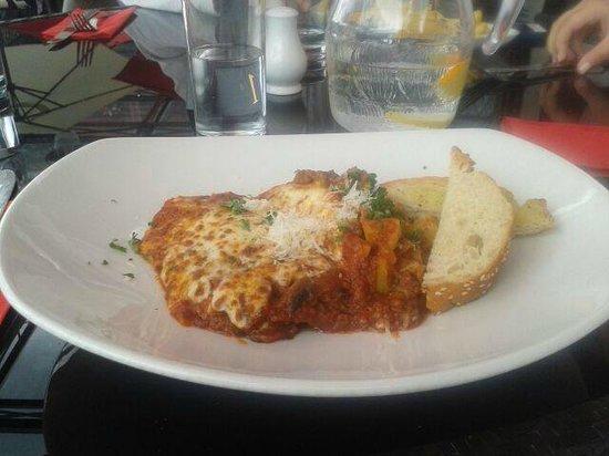 The Wicklow Heather Restaurant : Lasagna