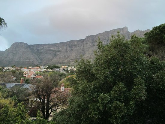 Kensington Place: view of Table Mountain from room