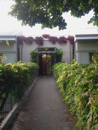 Hotel Garden: l'ingresso dela dependance....