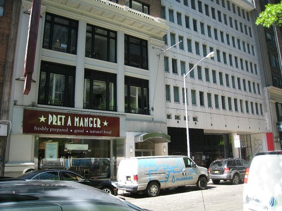 Cassa Hotel 45th Street New York: Pret A Manger next door to the hotel