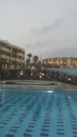Kalithea Horizon Royal : View from pools up to the restaurant at dusk