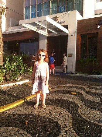 Tulip Inn Rio Copacabana: bfast at 6am