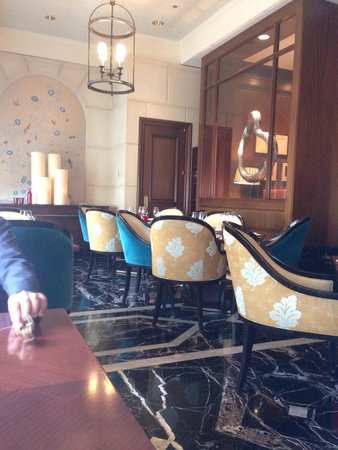 Four Seasons Hotel Chicago : Setting next windows ��
