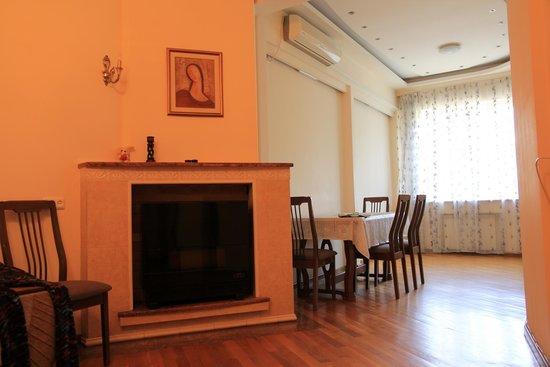 Yerevan Hostel : Living room