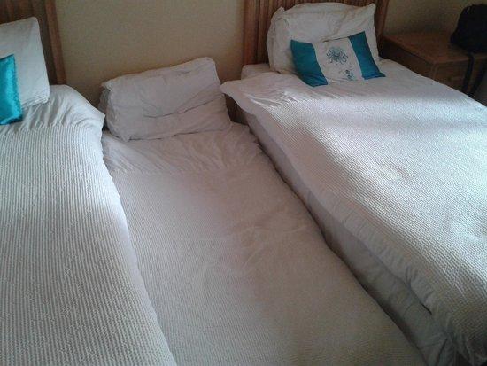 The Connaught Inn: Questo sarebbe il terzo posto letto per un adulto...